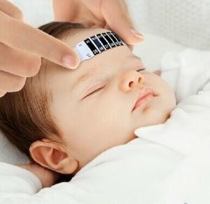 送料無料1個子子供の新しい赤ん坊の額試験温度ヘッドストリップ温度計の発熱体の赤ん坊